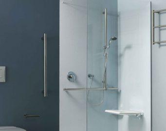 Duschambiente in Prestigio + Edelstahl Hochglanz poliert