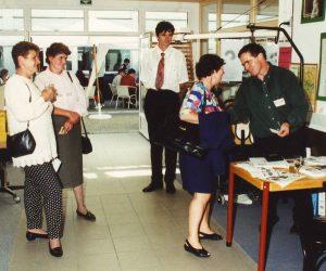 Über uns - Verkaufsraum Altenhof 1994