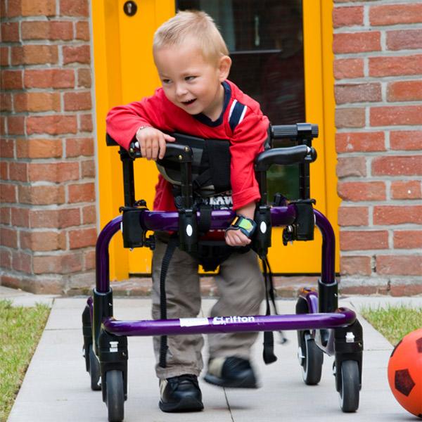 Gehhilfe Pacer Kinder Sitz-, Geh- und Stehhilfen Reha Service
